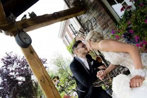 Julie & Simon - La fontaine aux pies - Dalhem - salle de mariage